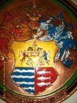 Köböl Gábor - címer készítés, kültéri címer, beltéri címer, kőcímer, rézcímer, zománc címer, márvány címer, műgyanta címer